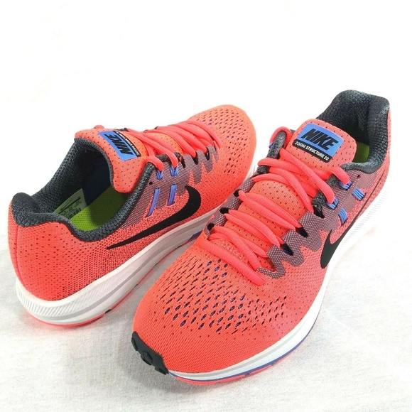 the latest c5070 02b2f Nike Women s Air Zoom Structure 20 Running Shoes